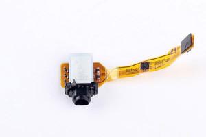 Sony-Xperia-Z3--Z4-teardown (3)