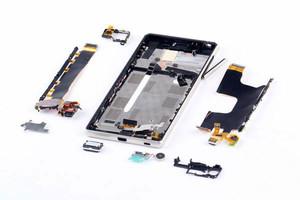 Sony-Xperia-Z3--Z4-teardown (6)