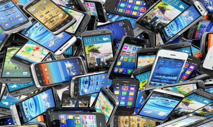 smartphones-744x445